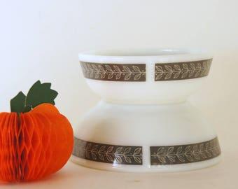 Vintage Pyrex Tableware, Pyrex Grecian Bowls, Autumn Bands Laurel, Pyrex Restaurant Ware, Gray White Bowls