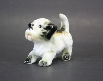 Vintage Playful Dog w/ Rear Up Made in Taiwan (E2717)