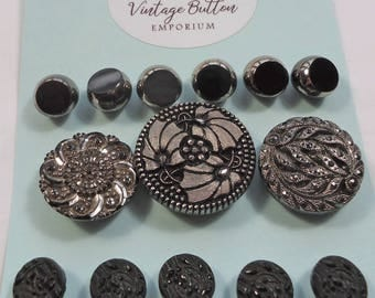 Victorian and later black glass buttons, some with silver lustre   (Ref D200)