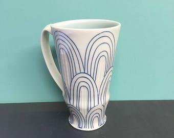 Mug with pattern