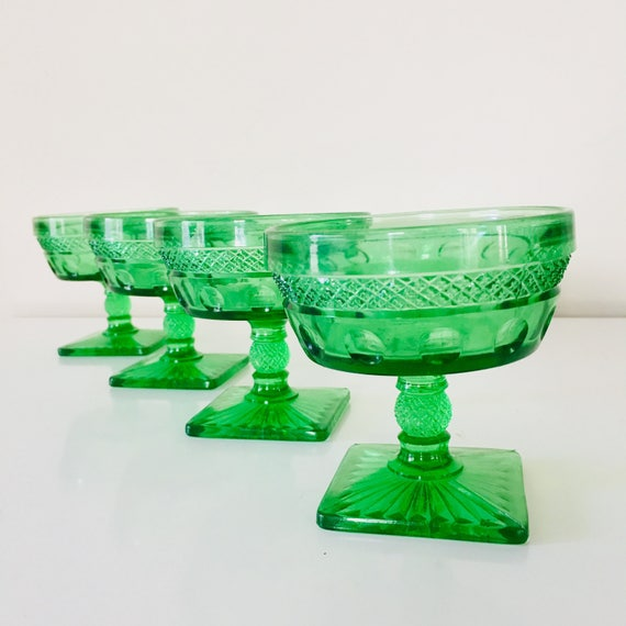 Vintage Green Glass Sherbet Cups Set of 4 Vintage Glassware Bright Green Depression Glass Dessert Pedestal Glasses