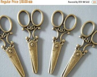 ON SALE 26 Antique Bronze Brass Scissors Vintage Pendant Scissors Charm Large