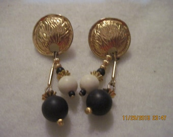 20% Off Sale!!!! Vintage Gold Medallion Style with Blue & White Bead Dangle Stud Earring....#5792