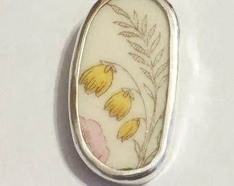 Broken China Jewelry, Pendant.sterling Silver ,OOAK, Three Yellow Flowers
