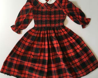 1950's Plaid Smocked Dress Peter Pan Collar (8)