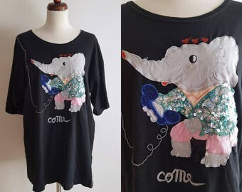 Vintage Shirt - 1980's T-Shirt with Elephant Embellishments - Oversized Shirt - Size M