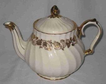 "Neat Vintage 9"" X 8"" X 4"" SADLER Swirl Teapot Tea Pot Cream & Gold"