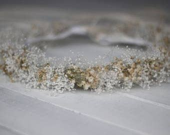 Natural Dried baby breath  Floral Wreath, Natural Dried Gypsophila