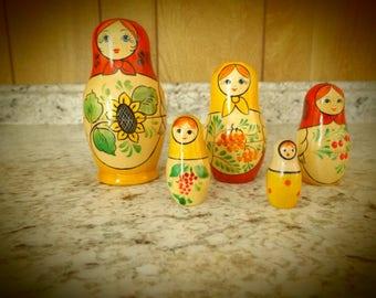 Vintage Russian Matryoshka Wooden Stacking Nesting Dolls / Set of 5