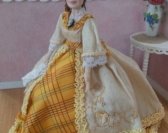 Minimariba Dolls - Very special price! The yellow lady dollhouse doll