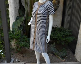 Vintage 1960's Brown/Black & White Striped Dress - Size 10