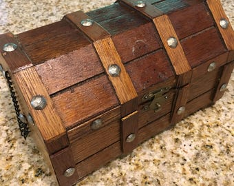 Chunky Wood Vintage  Jewelry  Pirate Chest Jewelry Box