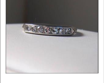 Antique Platinum Art Deco Diamond Wedding Band