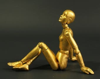 Twelfth scale jointed doll, posable figure, 'Gilded Lily II' Twelvemo, life-like, articulated mannequin, gold, everywoman, real gold leaf