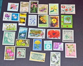 50 Flower and plant stamps from around the world some mint B114