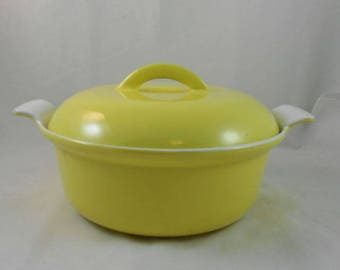 Vintage Descoware 17-D 22 Yellow Covered Casserole Enamelware Cast Iron