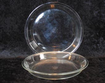 """Pyrex Large #210 Pie Plates, 10"""" Across, Set of Two"""