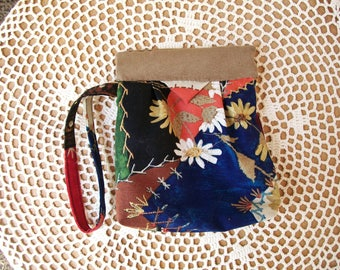 Crazy Quilt SNAP BAG WRISTLET Wallet Cell Pouch Wrist Strap Floral Daisy Kingdom Mini Bag Cosmetic Camera