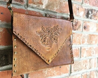 Leather Envelope Clutch-HandMade-Women's purse-Tooled Design-Gift for her-Made to order