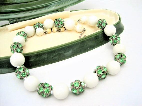 Green Rhinestone Choker -  White Bead Necklace - Vintage Choker