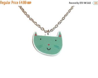 Happy Cat Necklace Adorable Quirky Laser Cut Pendant Green Kitsch Animal Jewelry Cute Kitten Face Kitty
