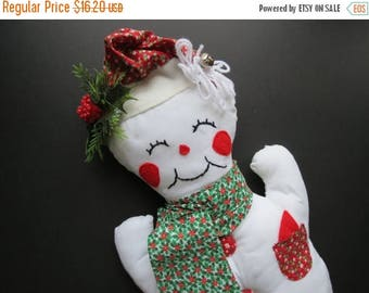 ON SALE Retro Snowman Wall Hanging // Vintage Holiday Home Decor Christmas Decoration Festive Stuffed Fabric Snowman Door Hanging Santa Hat