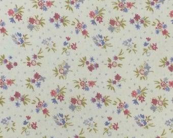 Cotton Fabric / Floral Cotton Fabric / Cotton Calico Fabric / Blue Floral Fabric / Blue Calico Fabric / Blue Floral Cotton Fabric
