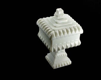 Westmoreland Milk Glass Wedding Box Vintage