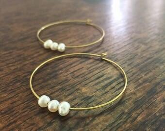 Solid brass & freshwater pearl hoop earrings // boho earrings // minimal earrings //pearl earrings