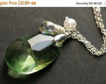 BACK to SCHOOL SALE Green Crystal Necklace. Green Crystal Teardrop Necklace with Wire Wrapped Teardrop and Pearl. Teardrop Pendant. Green Cr
