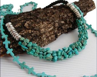 Collier / Tour-de-cou  en Turquoise - Perles sur cordon noir , métal argent