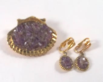 Vintage Amethyst Purple Pebble Chip Brooch and Earrings - Gold Tone  Jewelry Set- 1970s