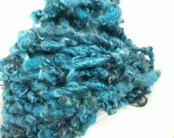 Extra bulky Handspun artyarn from Gottland locks.  Variegated Turquoise oversized yarn for knit crochet weave or felt crafters