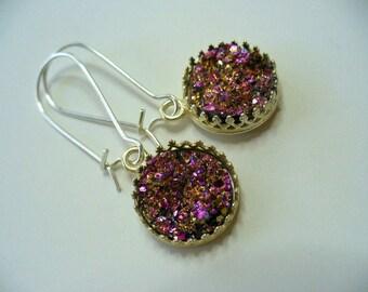 Pretty Pink Druzy Crown Dangle Earrings, Graduation Earrings, Shiny Silver Plate, Druzy Earrings, Crown Earrings, Womens Jewelry, Earrings
