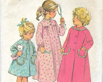Vintage 1973 Simplicity Toddlers' Robe in Two Lengths & Nightgown Sewing Pattern Size 3 Breast 22""