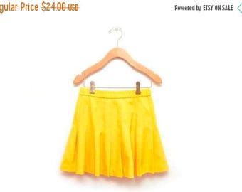 ON SALE 80s Yellow Pleated Tennis Skirt Women's Size 6 Small Lily's of Beverly Hills
