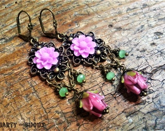 "Retro romantic ""Water lily"" earrings ~ Bronze lace setting ~ flower resin Rose ~ flower handmade glass"