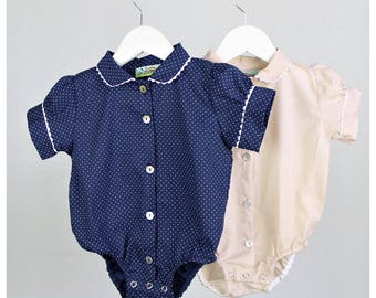 SALE - Set of 2 Girl bodysuits - Girl short sleeve cotton bodysuits - Beige and Navy polka dots - Size 3 months (3-6 Mo)