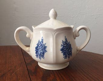 Vintage Mayhill Federalist Ironstone Sugar bowl / Made in Japan / Traditional blue china Rose dish / 1950s / blue and white