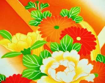 Handpainted Floral Vintage Japanese silk kimono fabric for furisode