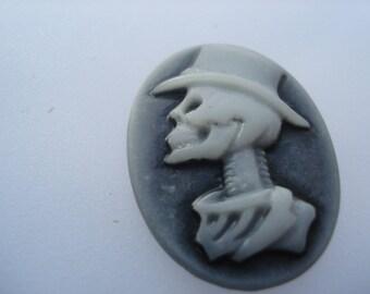 24mm Resin Cameo Embellishments, Black & White Oval Skeleton Skull Pattern Embellishments, Pack of 10 Embellishments, 20p Each!! C572
