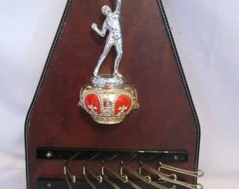 Vintage tie rack with trophy / Vintage Door-tie