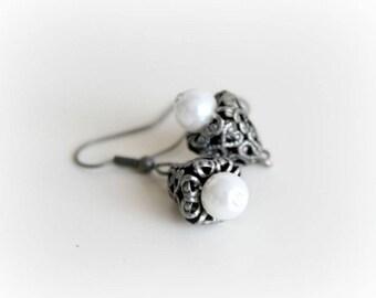 White Pearl Earrings. Silver Drop Earrings. Antique Dangle Earrings. Handmade Earrings. Handcrafted Jewelry. Wedding Jewelry. Bridal Jewelry