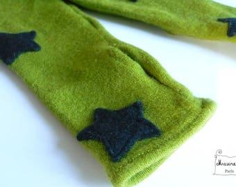 Sleeves fingerless gloves green pure wool black stars
