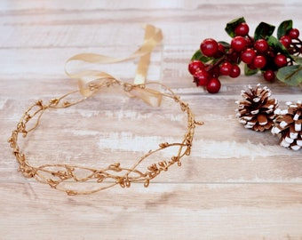 Gold christmas crown, Christmas hair wreath, Gold headpiece, Gold halo, Gold berry crown, Gold photoprop, Christmas crown adult