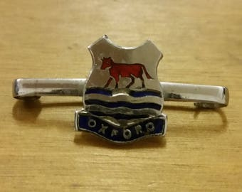 Vintage Enamelled Oxford Bar Badge