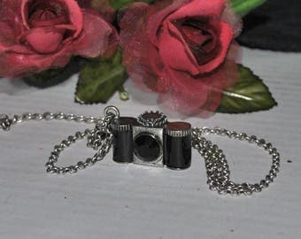 35mm Camera Pendant Charm Necklace, Vintage Faux 35mm Camera Pendant, Black and Silver, Photography Gift