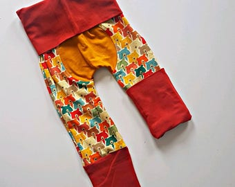 Rainbow bears bootie pants //Grow with me pants //Maxaloones