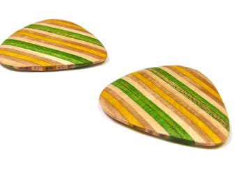 Recycled Skateboards, Guitar Pick, Guitar Gift, Guitar Player Gift, Wooden Guitar Pick, Guitarist Gift, Wood Guitar Pick, Cool Gifts, Unique