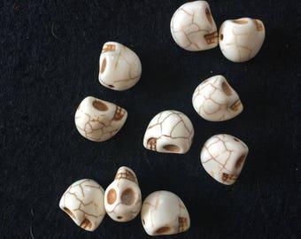 10 pearls head skull faux HOWLITE 13X12MM